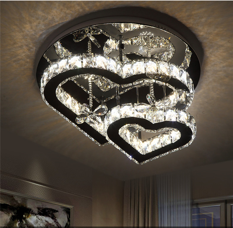 Heart-shaped crystal ceiling lamp
